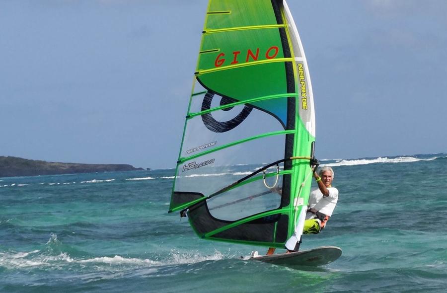 vieux-windsurfer