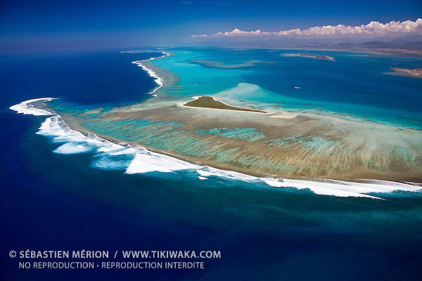 Tenia island, famous surf spot in Bouloupari region, barrier reef, New Caledonia