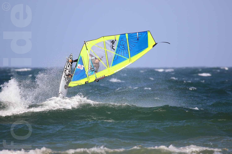 windsurf - frontloop
