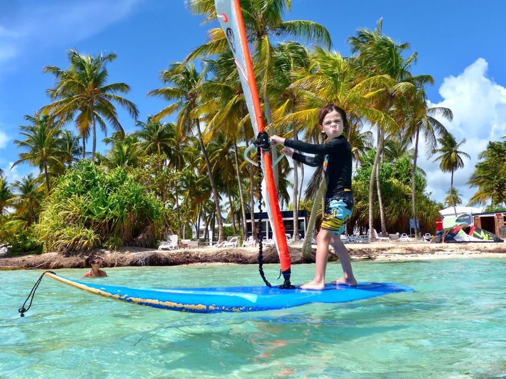 enfant - windsurf - guadeloupe